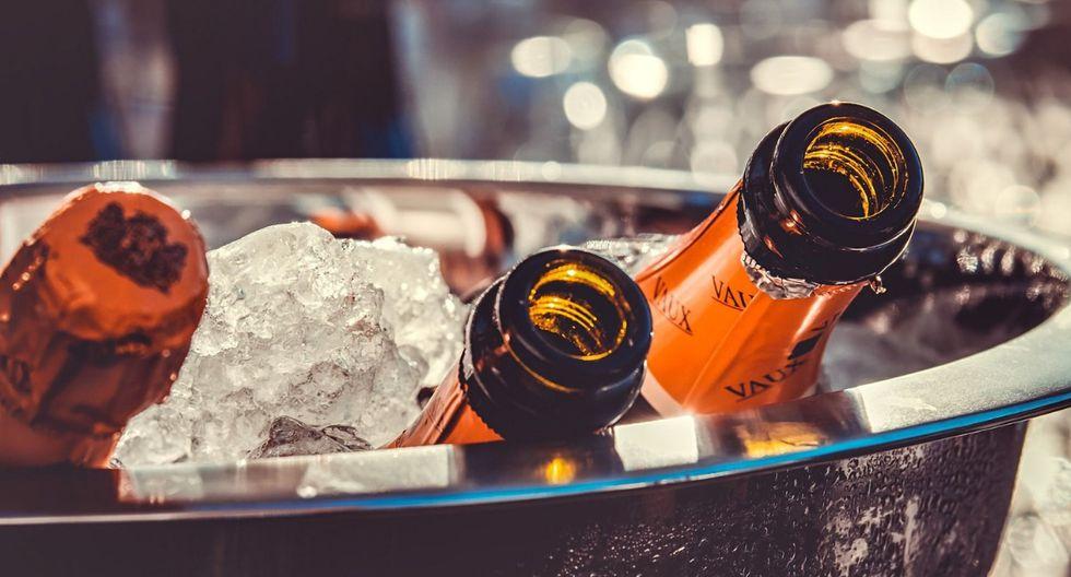 El champán es una bebida versátil que combina con todo tipo de carnes. (Foto: Pixabay)
