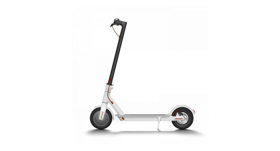 Scooter eléctrico: Batería de largo alcance de 20 km Sistema de doble frenado. Diseño plegable portátil. Precio: S/ 1,700.(Foto: Xiaomi)