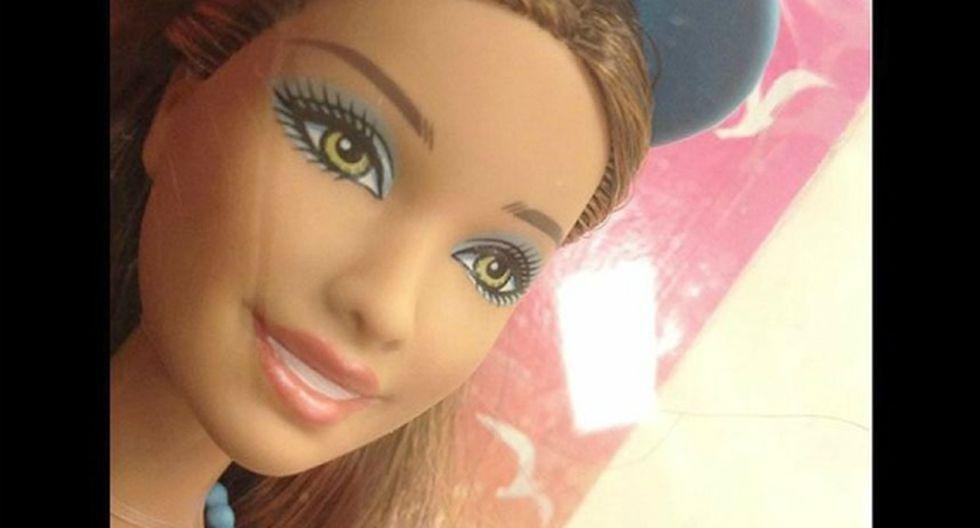 El artista Nickolay Lamm utilizó Photoshop para desmaquillar a las muñecas con el objetivo de revelar su verdadero rostro.