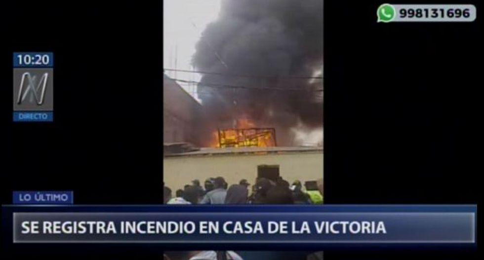 Incendio fue reportado esta mañana, según los Bomberos. (Captura: Canal N)