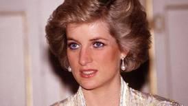 No podía dar autógrafos y otras extrañas prohibiciones de la realeza a la princesa Diana