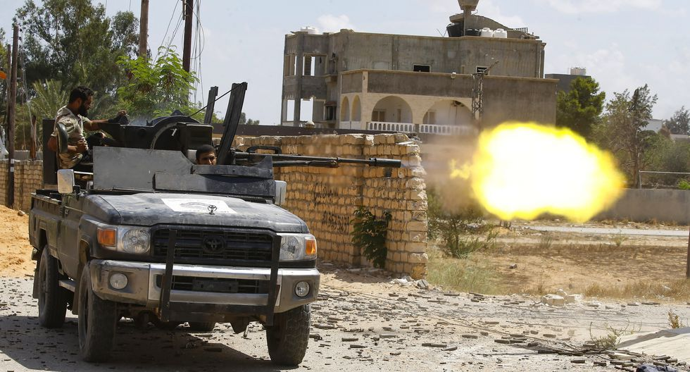 Una nueva jornada de combates entre las fuerzas del mariscal Jalifa Hafter y las milicias rivales del Gobierno de Acuerdo Nacional (GNA). (Foto: AFP/Archivo)