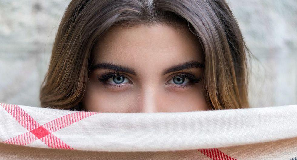 """Lucir bella y natural este verano es posible  gracias a la tendencia """"no makeup"""", dejando de lado el maquillaje tradicional. (Foto: Pixabay)"""