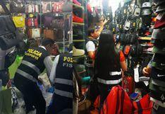 Policía interviene stands de Polvos Azules por productos 'bamba'