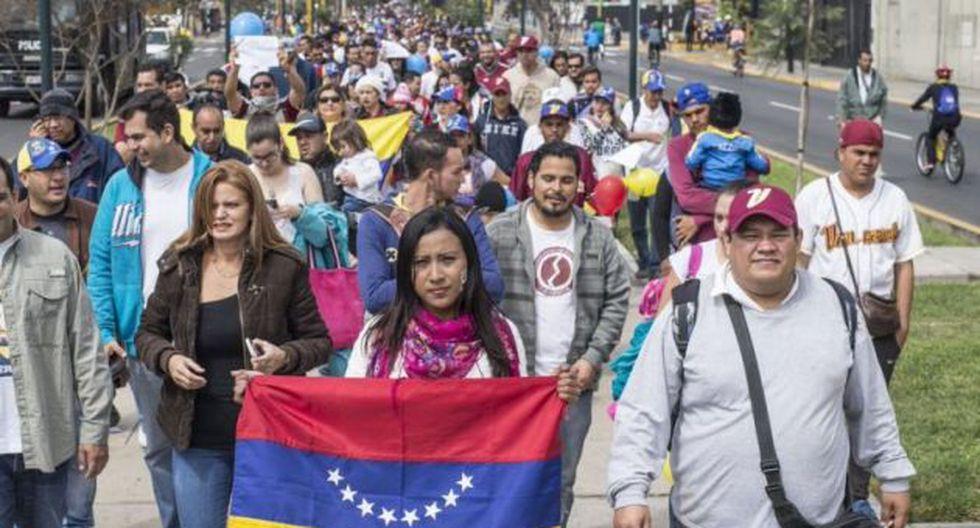 Venezolanos en Perú: cómo viven la independencia de su país.