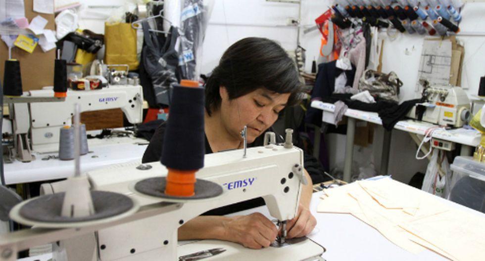 El 8.4% de mujeres trabaja en el sector manufactura. (Foto: Andina)