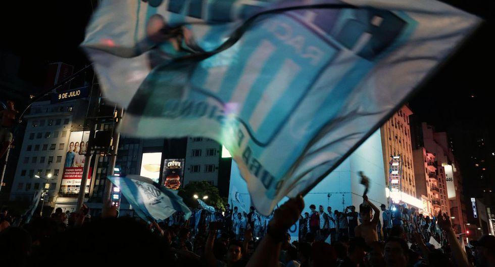 Con este empate logrado, y el resultado idéntico de Defensa y Justicia ante Unión, el conjunto de Avellaneda mantuvo los cuatro puntos de ventaja en la clasificación y certificó su título. (Foto: AFP)