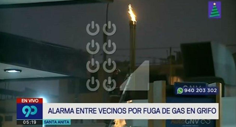 Bomberos lograron controlar la fuga de gas alrededor las 6 de la mañana. (Captura: Latina)