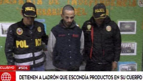 Navarro fue intervenido por la policía al querer salir de un supermercado en Independencia con dulces que no había pagado.