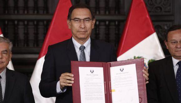 Convocatoria a referéndum lleva a rúbrica del presidente Martín Vizcarra, el primer ministro César Villanueva.