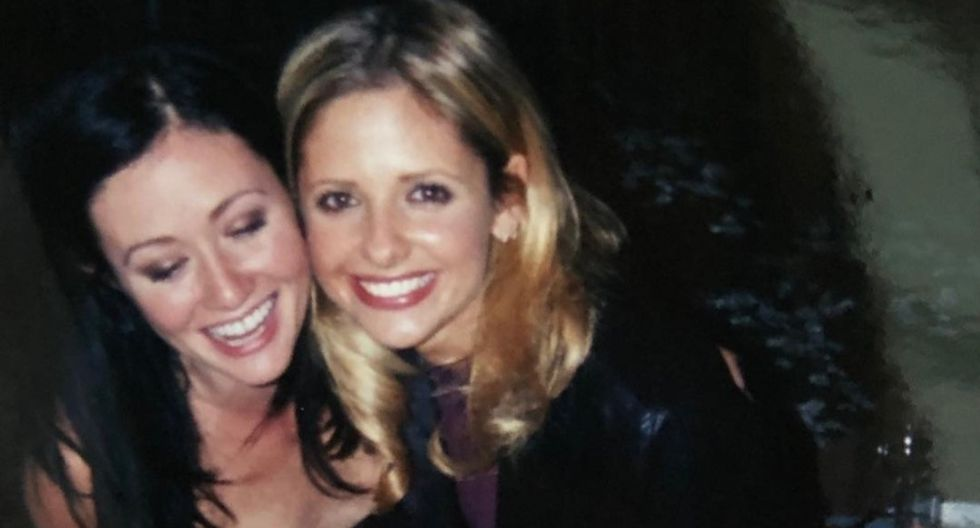 Shannen Doherty sorprendió al mundo del espectáculo al confirmar que su cáncer de mama regresó. (Foto: @sarahmgellar)