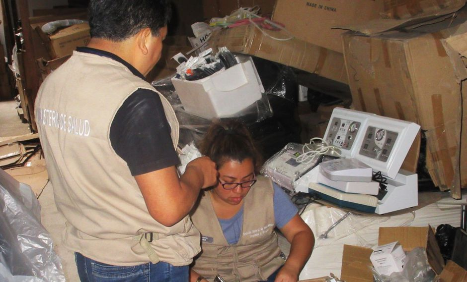 Incautan 8 toneladas de equipos de uso dermatológico sin registro y cosméticos vencidos