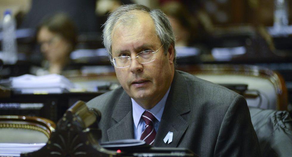 El diputado oficialista Héctor Olivares fue baleado en inmediaciones del Congreso de Argentina. (Foto: AP)