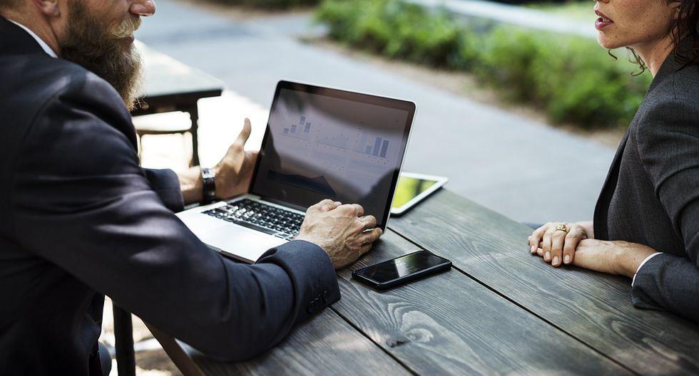 Es recomendable, además, no hacer comentarios negativos sobre las experiencias laborables realizadas o hablar mal de un jefe inmediato. (Foto: Pixabay)