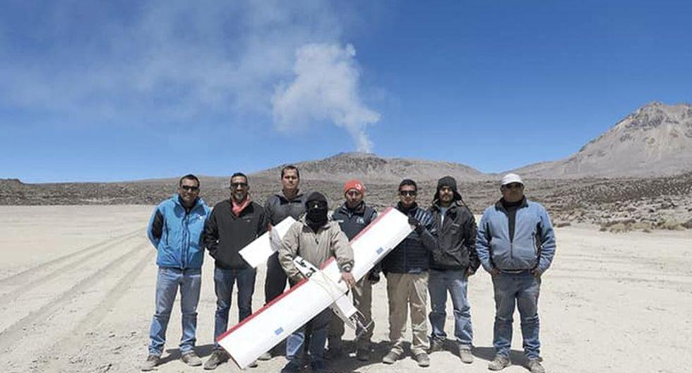 El equipo del Instituto Geofísico del Perú (IGP) y la Pontificia Universidad Católica del Perú (PUCP) que obtuvo las imágenes. (Foto: IGP)