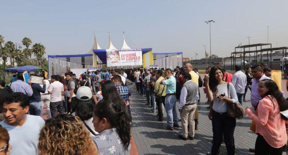 Feria Laboral en Parque de la Muralla. Foto: Andina