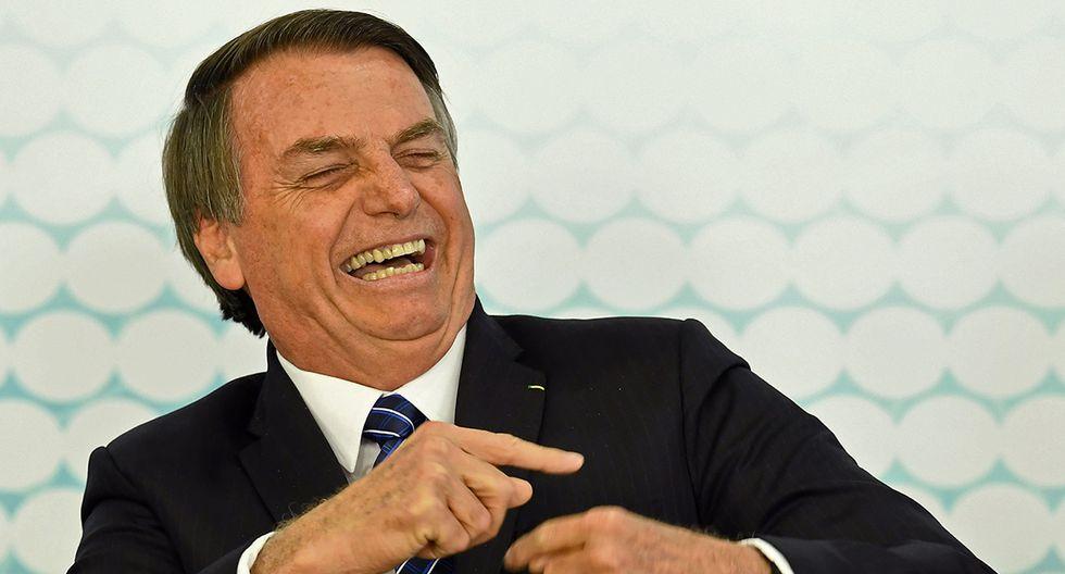 Jair Bolsonaro aseguró que este martes volverá a sus labores como presidente de Brasil, luego de ser operado el domingo. (Foto: AFP/archivo)