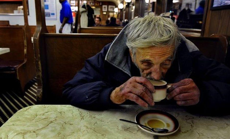 (Opinión) Un café que te cambia el día (así andes con muletas)