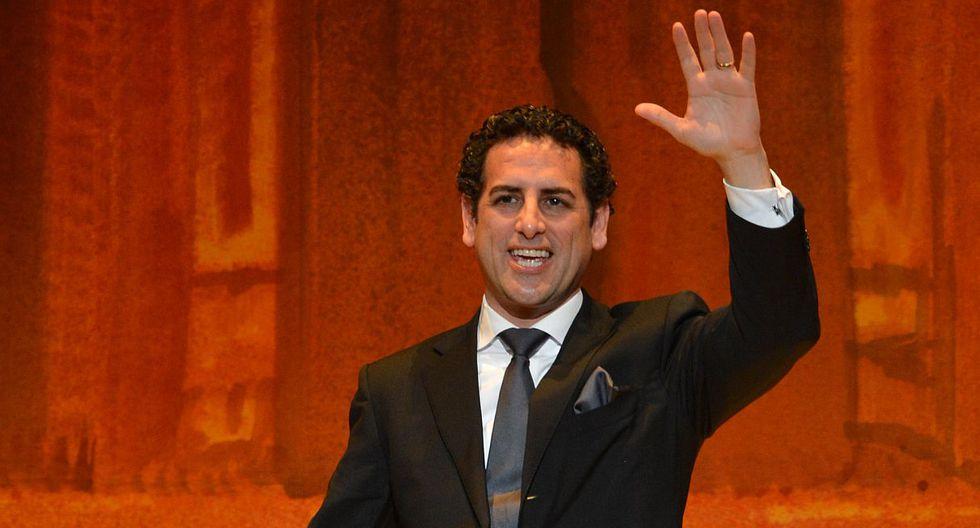 """El intérprete de """"Despacito"""" llenó de elogios al tenor peruano tras el recibimiento que le dio (Foto: AFP)"""