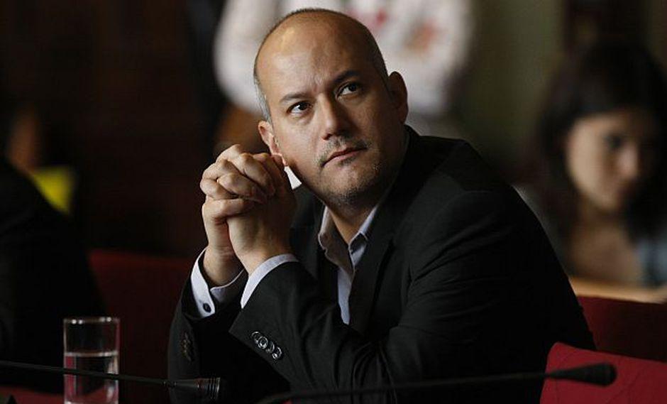 Tejada presentó denuncia contra exfuncionario que transfirió dinero a Gran Caimán