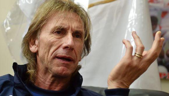 El entrenador de la bicolor también descartó a Cusco como sede para los partidos de Perú. (Foto: AFP)