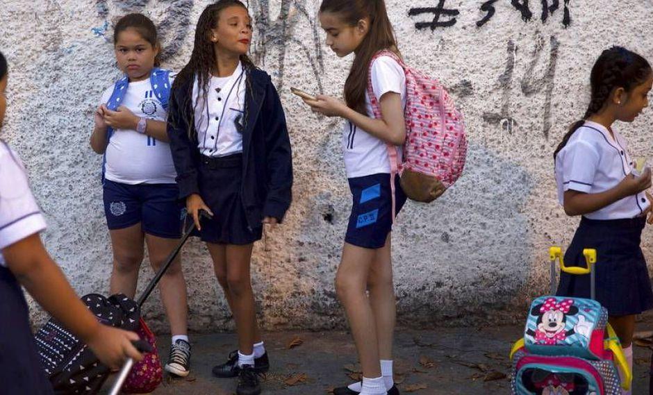 Gestión Militar en escuelas AFP