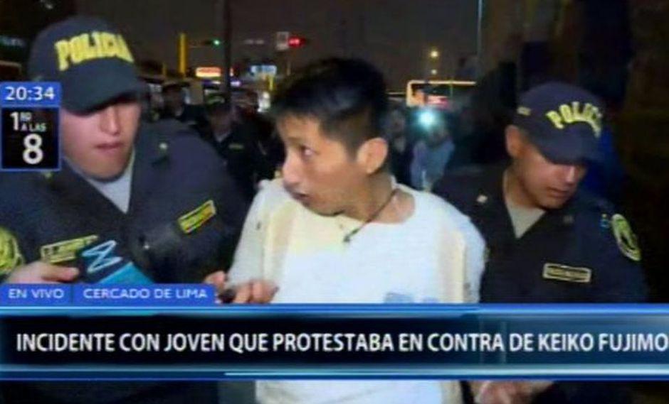 Centro de Lima: Joven es detenido tras enfrentamiento con simpatizantes de Keiko Fujimori | VIDEO