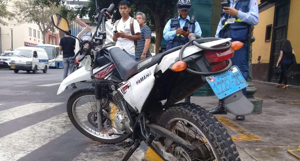 La motocicleta, de placa 1227-2C, será trasladada a la comisaría de Cotabambas. (Foto: Gustavo Muñoz / GEC)