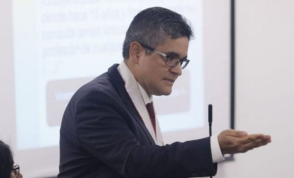 José Domingo Pérez realizó diligencia en edificio central de Telefónica