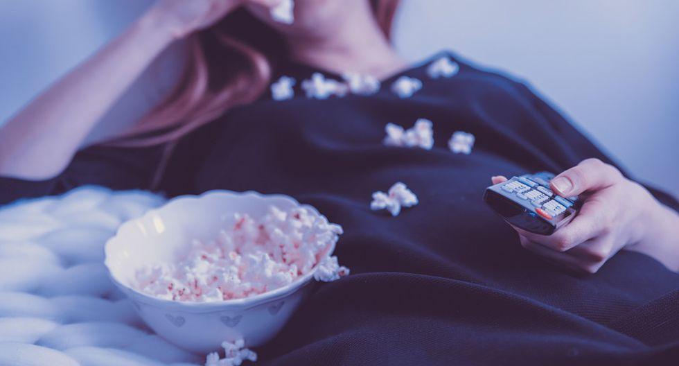 Disfruta de este día viendo una buena película. (Foto:Pixabay)