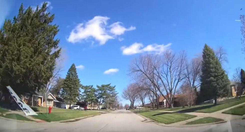 Video de YouTube fue publicado por la propia dueña del coche. (Foto: Captura)