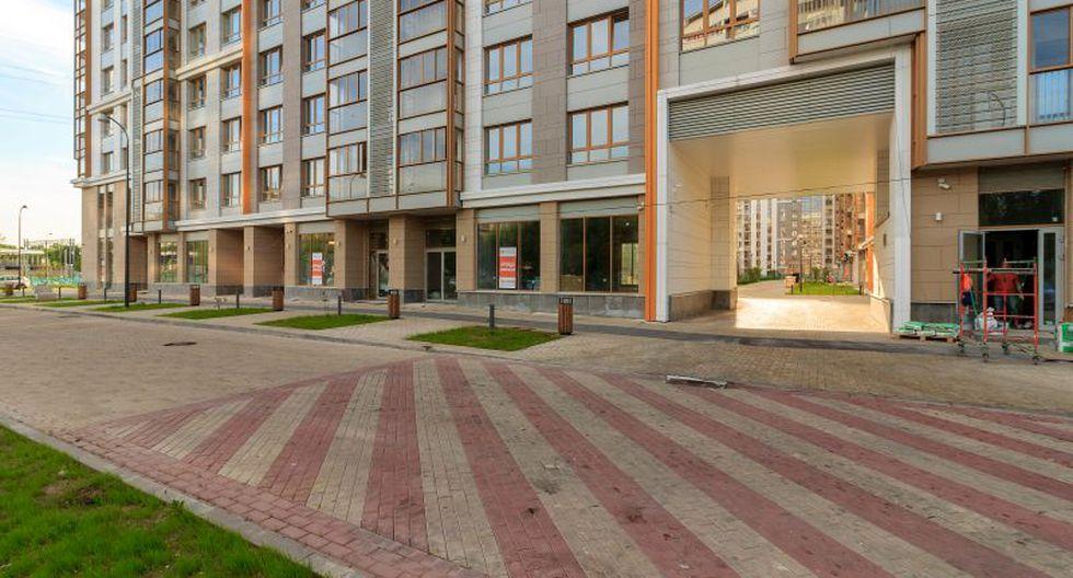 """""""Una solución de diseño que implique primeros pisos que, en su repetición, generen calles mucho más amigables –y seguras– que las que se han venido construyendo en los últimos 25 años"""". (Foto: Shutterstock)"""