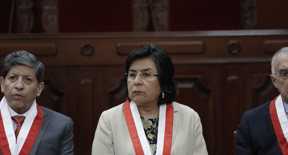 Marianella Ledesma explicó que solo tuvo relación académica con César Hinostroza. (Foto:  GEC)