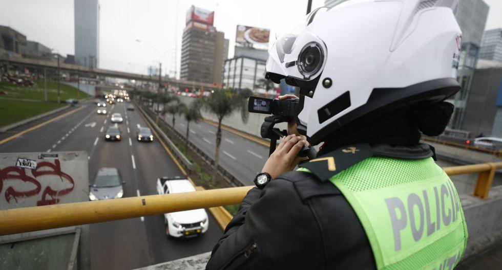Durante el primer día de implementación, se detectaron 800 faltas de conductores. (Foto: César Campos)