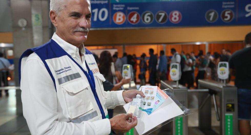 presidente Ejecutivo de Protransporte, Fernando Perera, anunció que se entregará a los usuarios del Metropolitano jabones como medida preventiva a fin de evitar el contagio de coronavirus. (Foto: Lino Chipana)