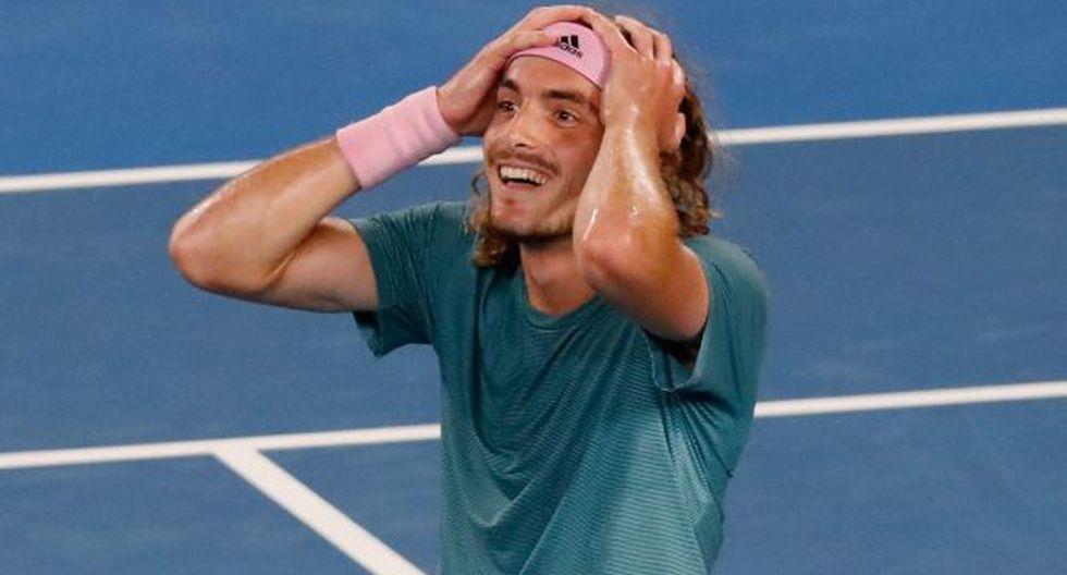 El griego Tsitsipas dio la sorpresa y eliminó a Federer del Australian Open. (Foto: AFP)