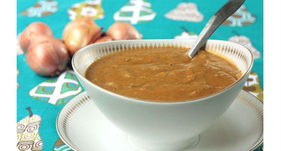 6.Para que no te quedes con el antojo de la deliciosa salsa que acompaña al pavo, prepara su versión vegana con champiñones y cebollas. (Pinterest / One Green Planet)