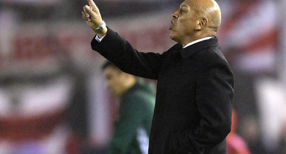 Mosquera consiguió su primer título como DT con Sporting Cristal en 2012. (Foto: AFP)