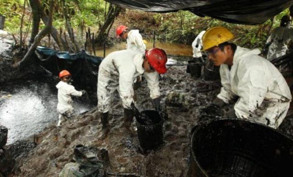 Multan con 15 millones de dólares a Petroperú por derrames en la Amazonía