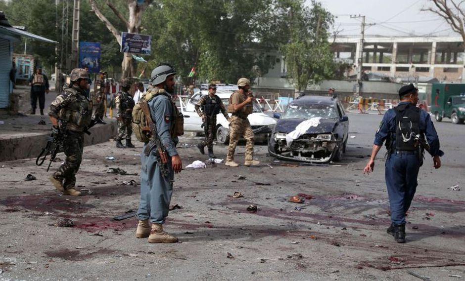 Afganistán: Al menos 33 muertos tras serie de ataques suicidas