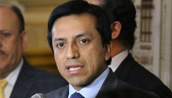 Gilbert Violeta hizo el anuncio del apoyo a la posición de Vizcarra en su cuenta de Twitter. (Foto: Agencia Andina)
