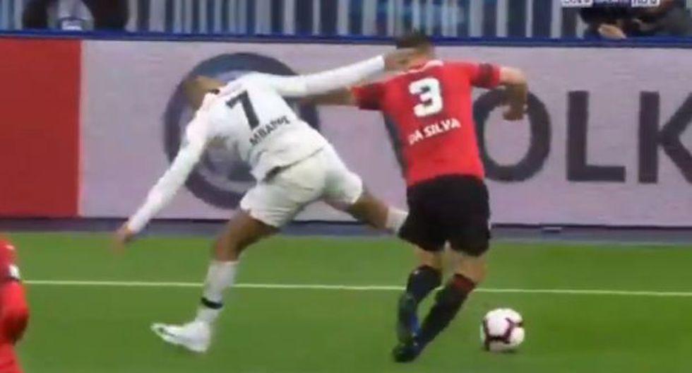 Kylian Mbappé se ganó la roja directa tras dura falta contra jugador de Rennes. (Captura: Gol TV)