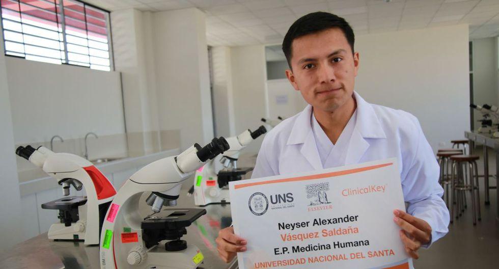 Alexander Vásquez Saldaña (22) es estudiante de la Universidad Nacional del Santa (UNS). (Foto: Andina)