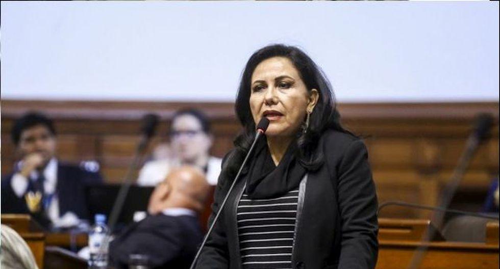 La ministra Gloria Montenegro lamentó las críticas y consideró que no favorecen a la lucha por la violencia contra la mujer. (Fo