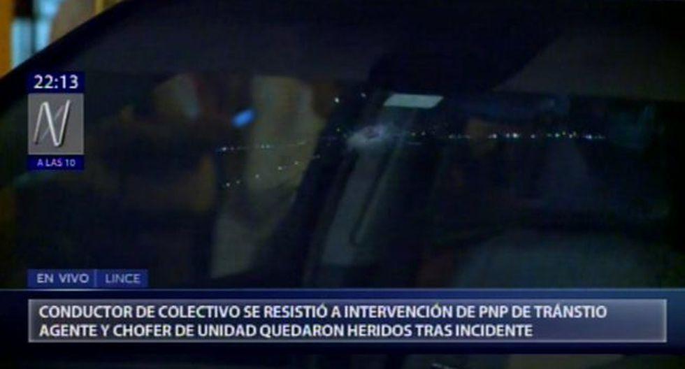 Recién en la cuadra 21 de la avenida Militar, el agente pudo bajarse cuando otro conductor le cerró el paso a la camioneta, ya que le había chocado su automóvil. (Foto: Canal N)