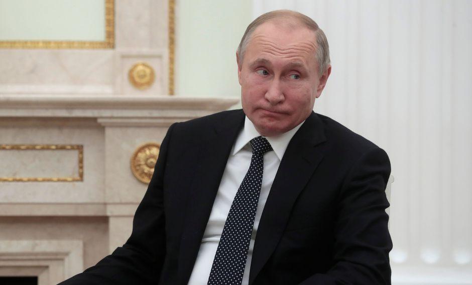 """Vladimir Putin consideró que la política que impulsa la OTAN""""es un vestigio de la Guerra Fría"""". (Foto: AFP)"""