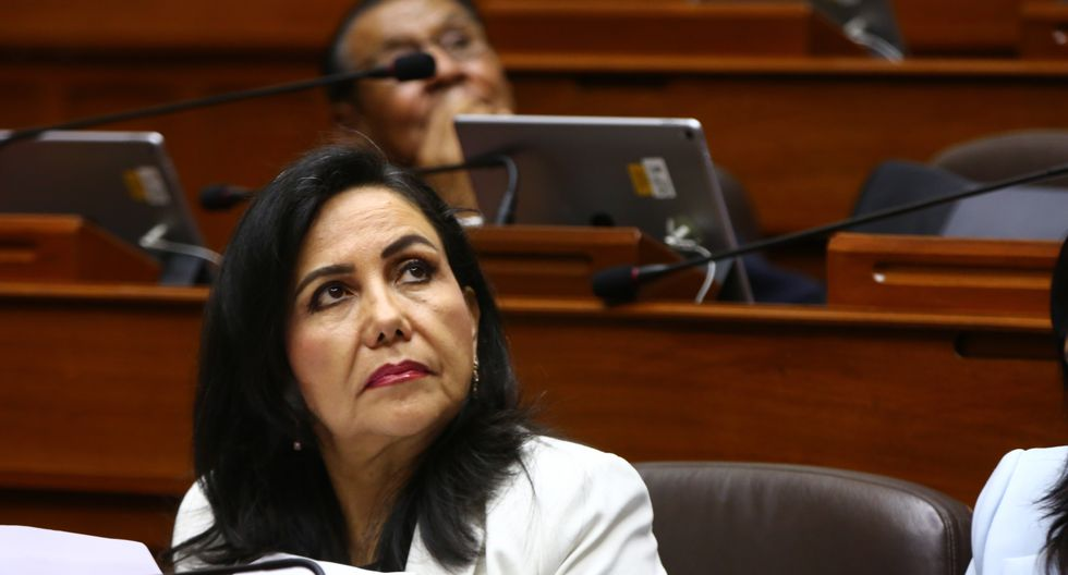 La ministra Gloria Montenegro indicó que Pedro Olaechea es el presidente del Congreso y no de una bancada. (Foto: Congreso)