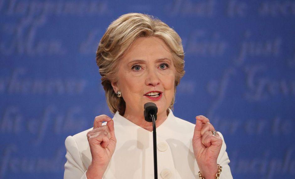 """Hillary Clinton dice que EEUU """"no puede permitirse cuatro años más"""" de Trump. (EFE)"""