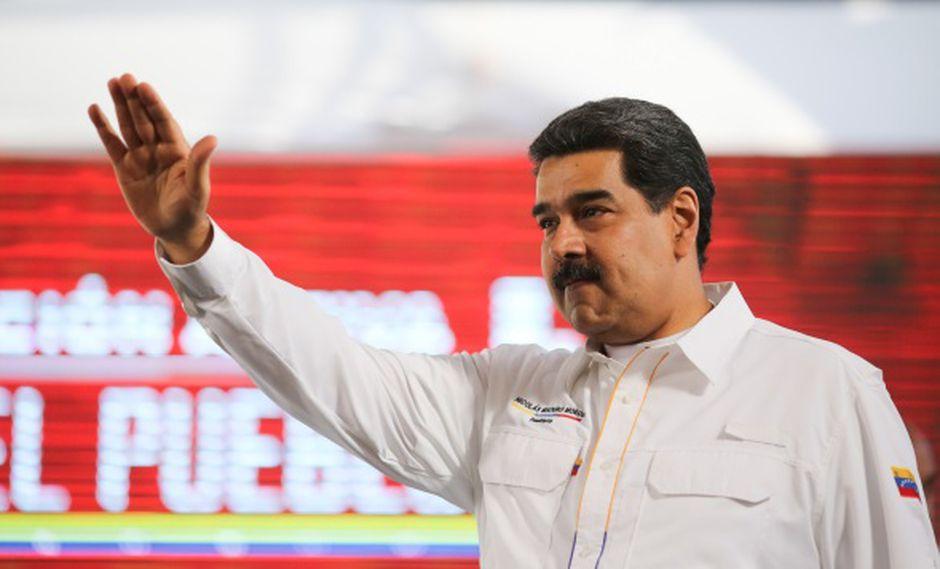 Venezuela: Chavismo instala tarima de concierto en frontera bajo fuerte control militar