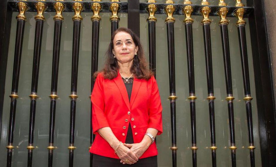 Ministra de Justicia, Ana Revilla, aseguró que su permanencia depende del presidente Martín Vizcarra. (Foto: GEC)